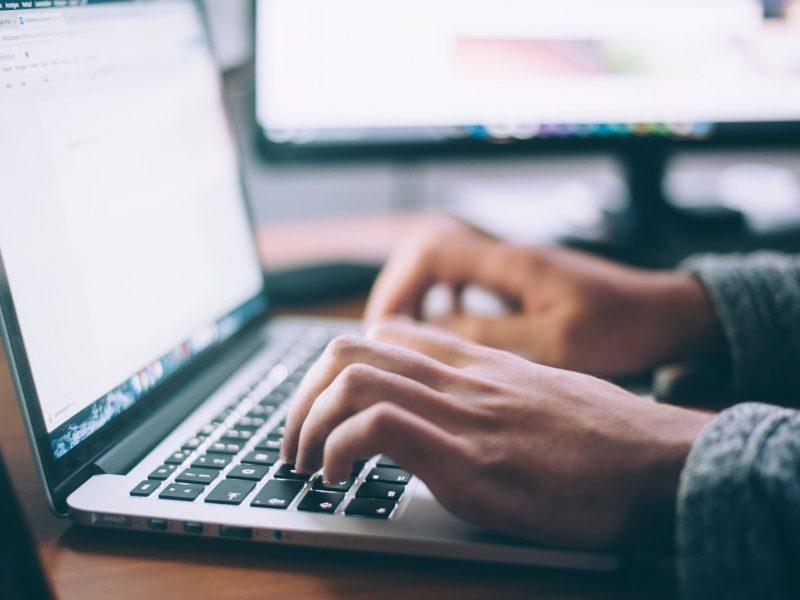 Como registrar um domínio para o seu site